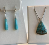 Turquoise Pendant and Drop Earrings