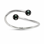 Mastoloni Pearls- White Gold Bangle with Black Tahitian Tips